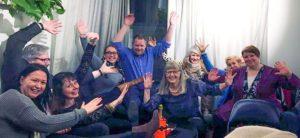 Suomen NLP-yhdistyksen vuosikokouksessa 18.2.2017 valittu uusi hallitus. Kuvassa (vasemmalta) Hanna-Mari Nybacka, Peter Andersen, Tarja Törmänen, Lotta Pihlgren-Ijäs, Juha Asunmaa, Marja-Liisa Jäntti, Anne Peltola, Reija Könönen ja Tuula Masalin. Kuvasta puuttuvat Päivi Maunuksela-Malinen ja Tiina Svahnström.