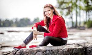 mentaalivalmentaja, NLP-kouluttaja ja tietokirjailija Jaana Hautala